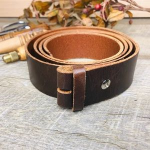 Handcrafted bridle leather belt brown